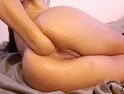 Multiorgasm horny babe squirting like a fountain after deep anal fist!
