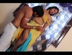 Indian Bhabhi First Time gender in his friend bedroom