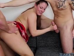 Bisex hunk deepthroating