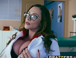 Brazzers - Doctor Adventures -  Doctor, I Cheated On My Girlfriend scene leading role Ariella Ferrera an