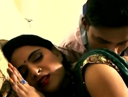 Indian Girl and Schoolboy Sex For Others - Live Video